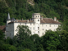 Chateau_de_Lucey_9